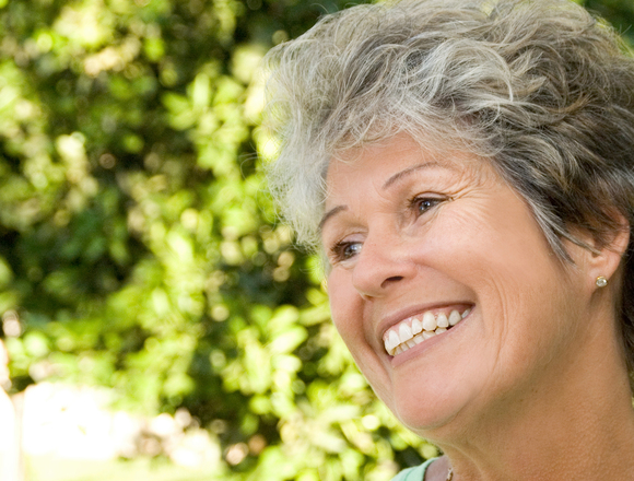 Dentist in Norfolk | Optimal Gum Health for Seniors